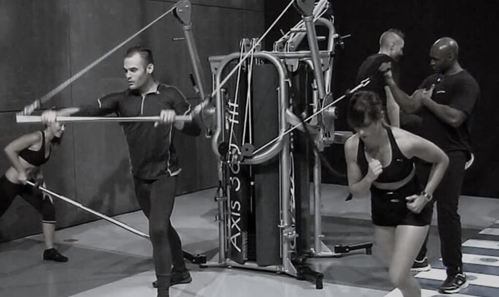 entrenamiento grupal axis 360 fit